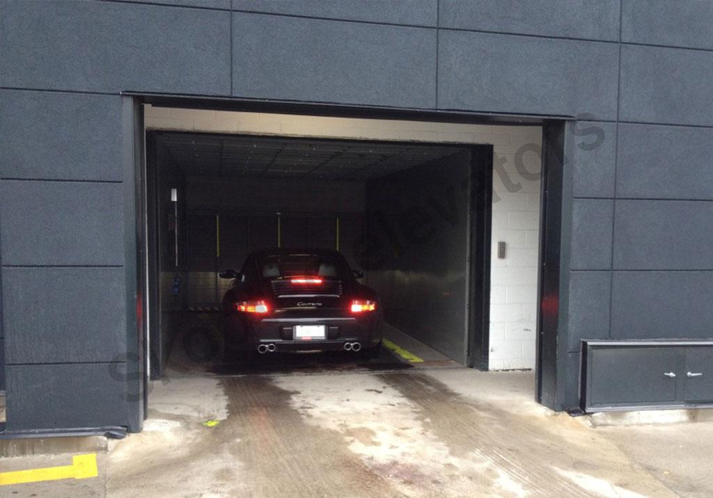 Car-Elevator-with-Big-SUV
