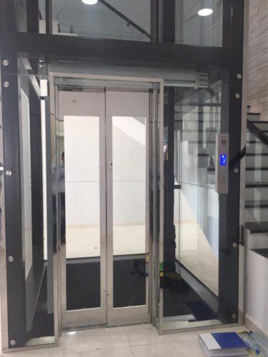 Panoramic home lift (1)