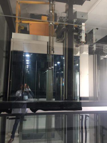 Panoramic home lift (2)