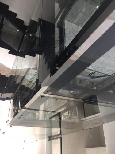 Panoramic home lift (3)